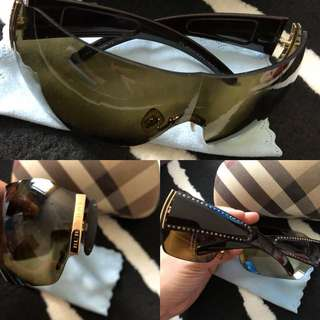 Burberry Sunglass (original)
