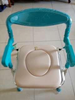 全新富士康便盆洗澡兩用椅