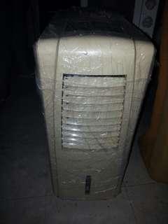 流動抽濕冷氣機
