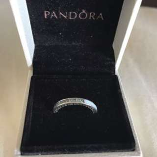 Pandora Radiant Hearts Ring Size 50