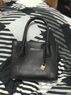 Michael Kors Mercer Small - Black