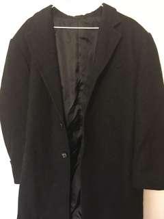 🚚 黑色大衣