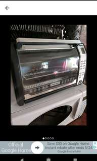 Black & Decker convection/ rotisserie /toaster oven