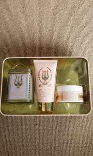 MOR body gift box