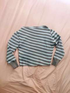 (Inc postage)Stripe Crop Knitted Wear