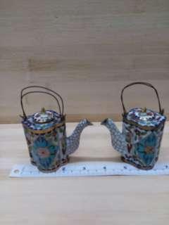 一對 大約三吋 古舊景泰藍水壺擺件