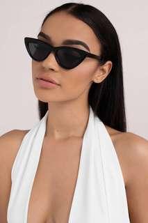 Retro Cat Eye Sunglasses 🕶