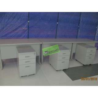 Table OFFICE TABLE SET W MOBILE PED CABINET KEYBOARD TRAY