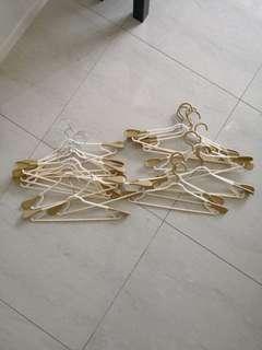 Cloth Hangers Good Quality 20 pcs