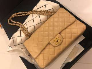 *Nego* Authentic Chanel Vintage Classic medium double flap Bag ( Beige )