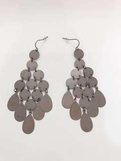 Grape style earrings , copper colour falling wings 耳環