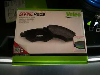 Valeo Rear Brake Pads for Jaguar, Peugeot, Citroen (Made in Spain)