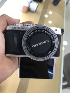 Olympus E-PL7 Kit (14-42mm EZ)