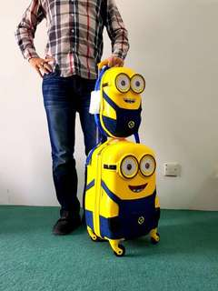 🆕💯 Minion Bags in Set of 2
