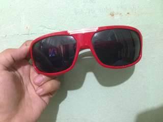 Red Shades for Summer