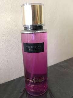 NEW Victorias Secret - Love Addict