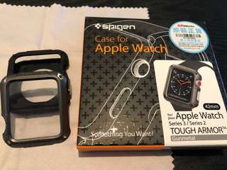 Apple Watch Spigen 保護殼