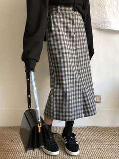 前衩格紋一字裙