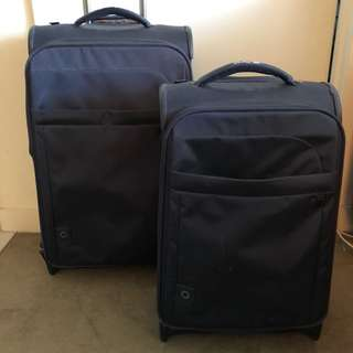 Antler Suitcase Set Navy blue carry on & medium hail