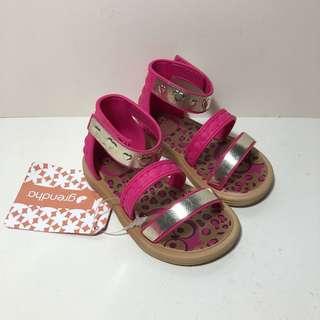Kid's Grendha 小寶寶巴西尺寸19(寶寶 夏日羅馬魔鬼氈學步鞋/涼鞋-桃紅色)