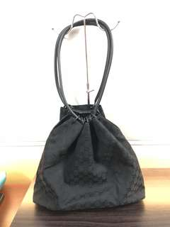 Gucci vintage canvas bag in black
