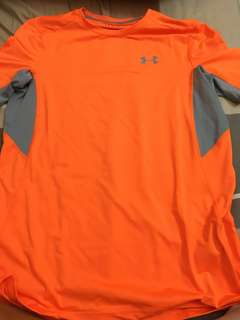 Under armor dry fit tee