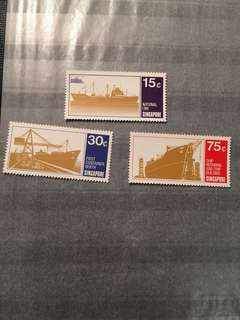 1970 Singapore shipping UN Mint stamp set fresh gum