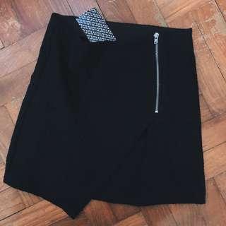 H&M Black Zipper Overlap Skirt