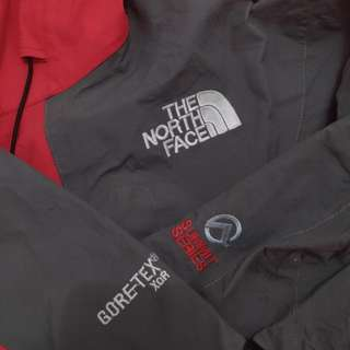 jaket outdoor tnf