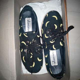 Banana shoes