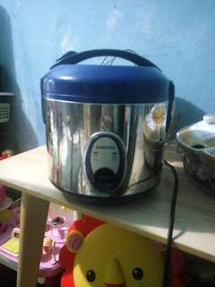 Rice cooker 1.2 L
