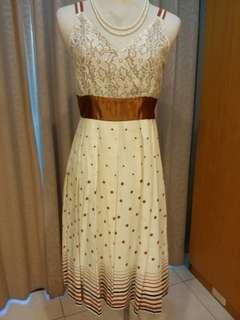 🚚 二手/RING 蕾絲V領細肩帶白底圓點+咖啡寬版腰飾洋裝