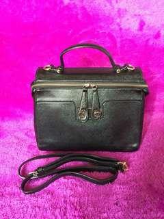 Sale!! Emsio Bag (By Elizabeth)