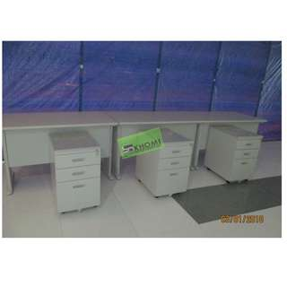 OFFICE TABLE SET W MOBILE PEDESTAL CABINET & KEYBOARD TRAY