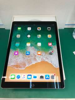 ipad pro 12.9 inch 2nd generation 256GB