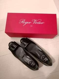 全新 Roger Vivier Flats 37.5