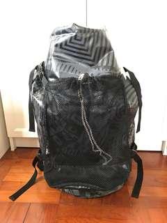 Volcom 防水 backpack
