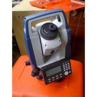 "Sokkia CX-103 3 ""Dual Display Total Station"