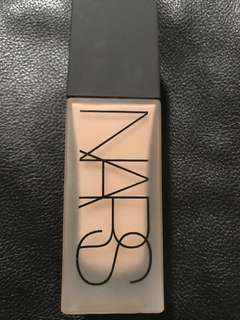 NARS All Day Luminous Weightless Foundation - Medium 2 Santa Fe