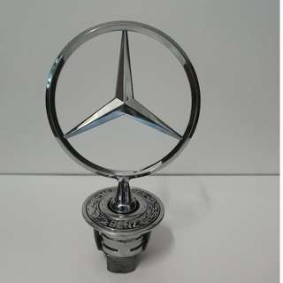 MERCEDES BENZ W210 STAR HOOD A2108800186