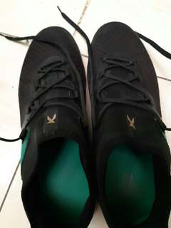 Sepatu Futsal Adidas X 16.2