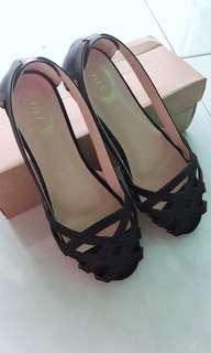 Black flat shoe-by yilc