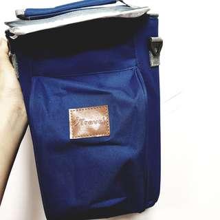 🚚 【全新】紳士藍 紅酒保冷 提袋 付背帶 保冷袋 保溫袋