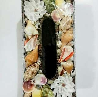 Kotak Tissue koleksi asli berbahan kerang