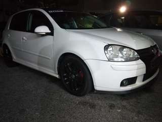 Volkswagen Golf 1.4Tfsi Low profile Michelin tires 2008 6 speed gear auto  Engine super tip top