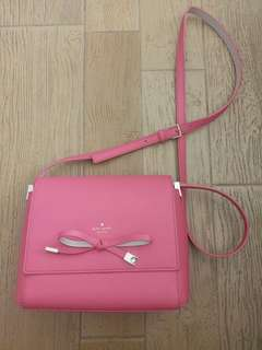 Kate Spade New York fuchsia cross body bag 99%new (no tag attached to the bag but with care card, dust bag andpaper bag