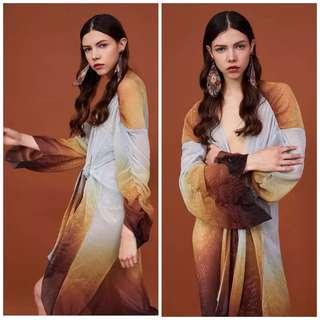 🚚 OshareGirl 05 西班牙單歐美女士金屬漸變色綁帶皺摺長袖透視連身裙洋裝罩衫