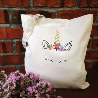 Tote bag gift unicorn hand embroidery