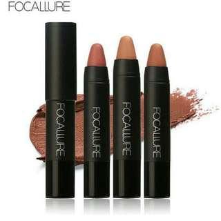 foccalure crayon lip kit
