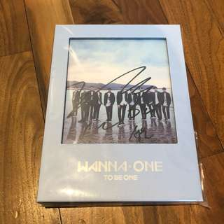 Wanna One Mwave Sungwoon Signed Album